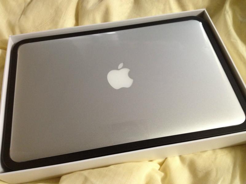 MacBook Airリンゴマーク